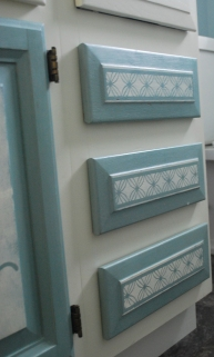 chalk paint on drawers